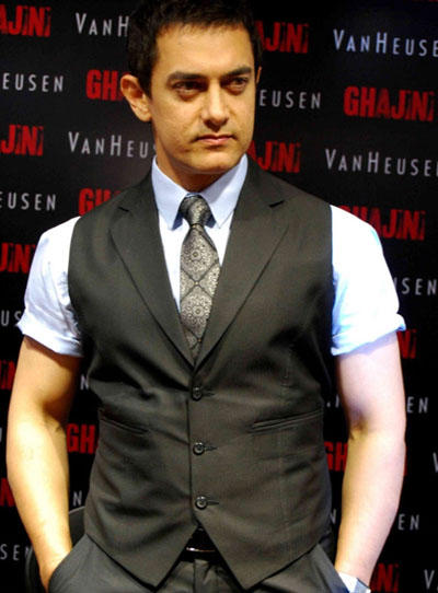 Aamir Khan Looking Very Hand Some
