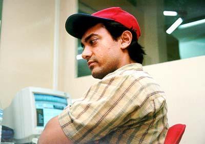 Bollywood Sexiest Star Aamir Khan Cute Photo