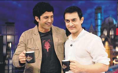 Farhan and Aamir Sweet Still In Oye It's Friday