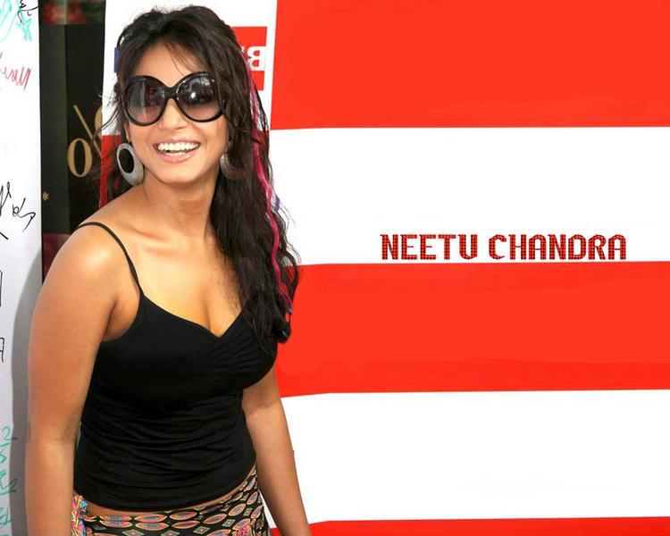 Smiling Neetu Chandra Wearing Goggles Stylist Wallpaper