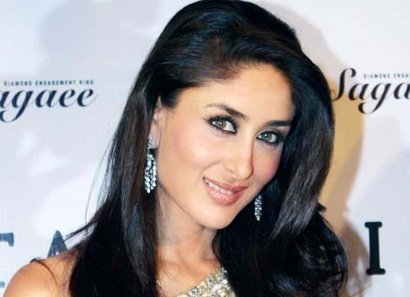 Kareena Kapoor Cute Beautiful Face look Pic