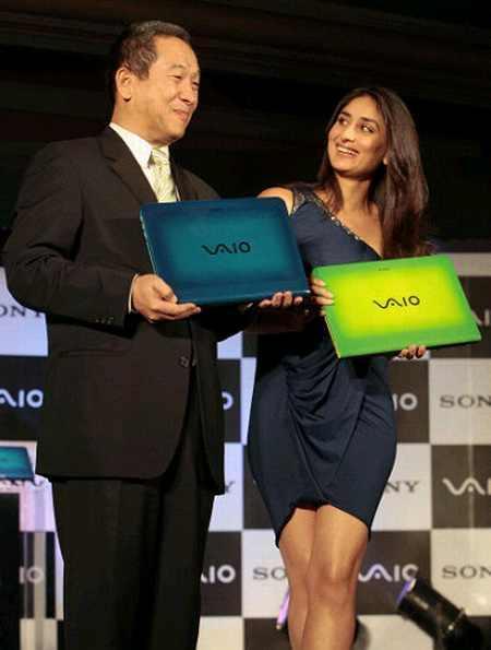 Kareena Kapoor Launch Vaio Laptop