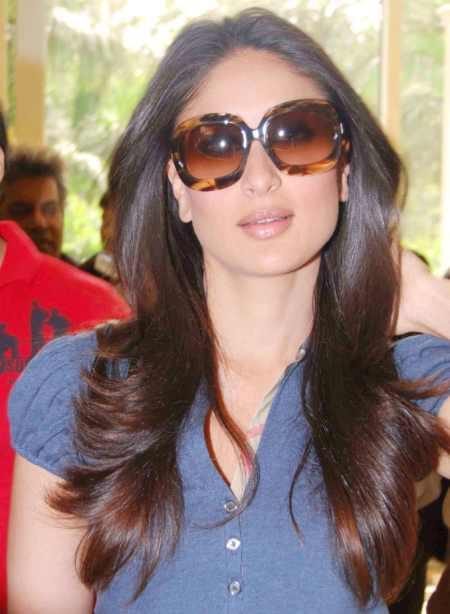 Kareena Kapoor Wearing Goggles Hot Photo