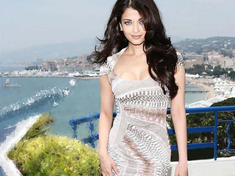 Aishwarya Rai Hot Glorious Look Pic