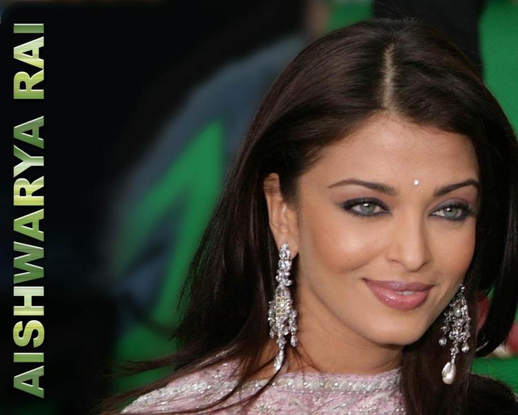 Blue Eyed Look Aishwarya Rai Wallpaper