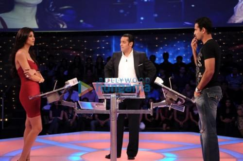 Salman,Shilpa Shetty And Irfan Pathan In Dus Ka Dum Show
