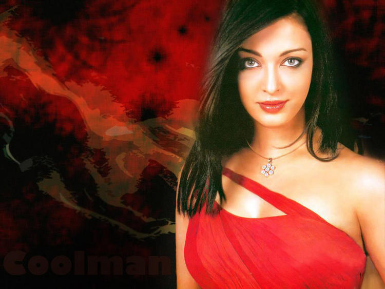 Aishwarya Rai Dazzling Attractive Look Wallpaper