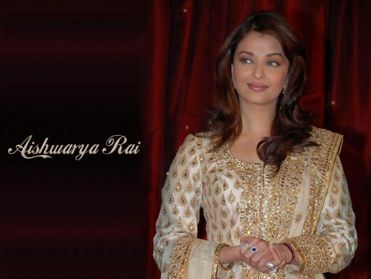 Aishwarya Rai Gorgeous Full Sleeve Dress Nice Wallpaper