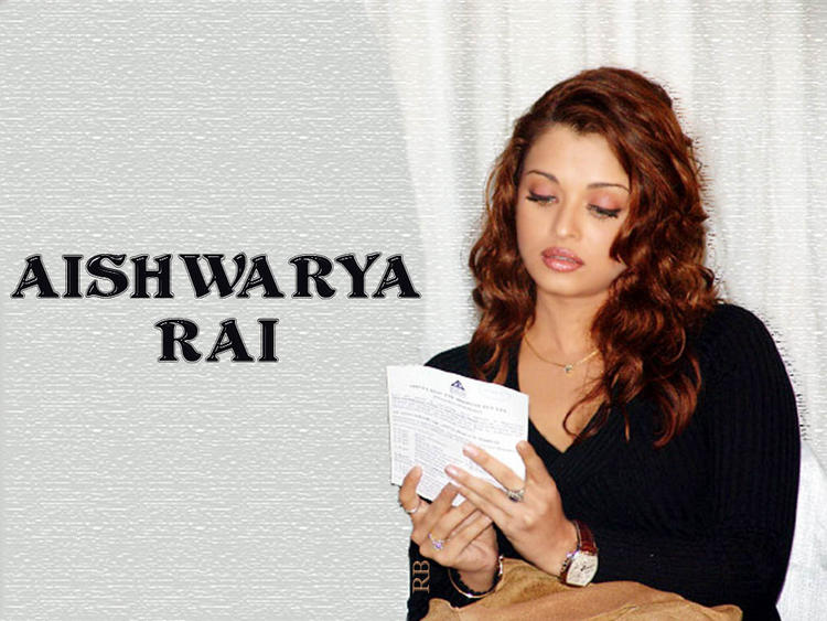 Aishwarya Rai Wallpaper In Brown Curly Hair