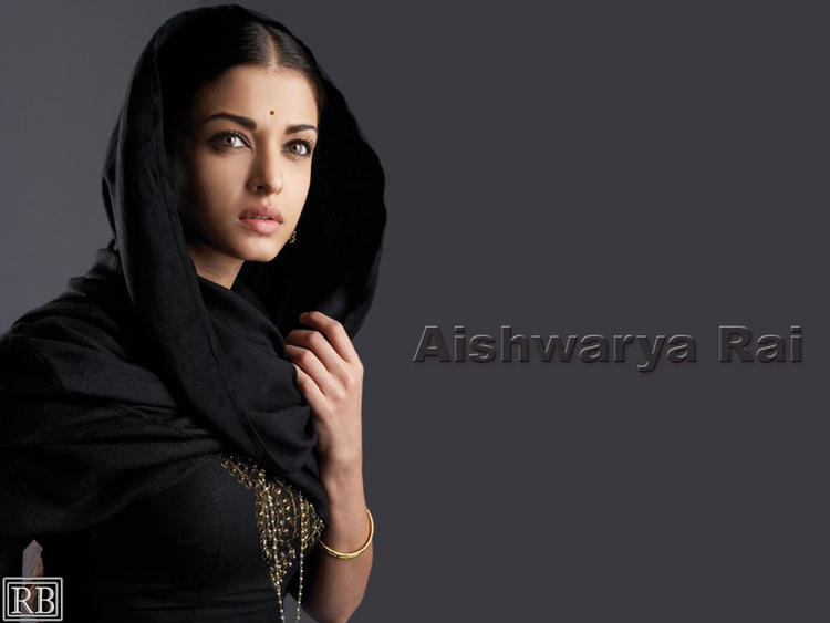 Simple Beauty Aishwarya Rai Wallpaper