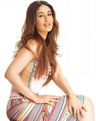 Spicy Bollywood Actress Kareena Kapoor  Still