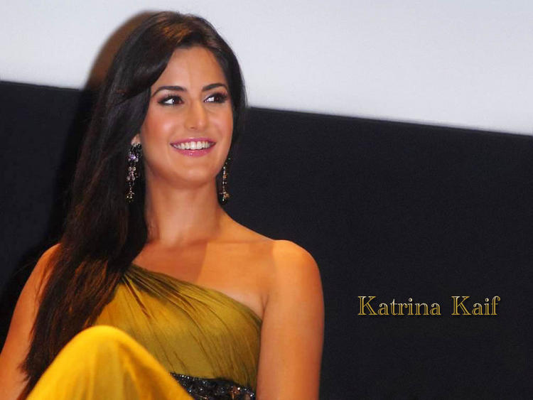 Lovely Cute Actress Katrina Kaif  Wallpaper