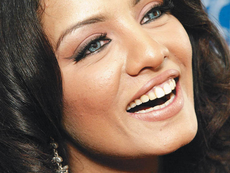 Celina Jaitley Open Smile Pic