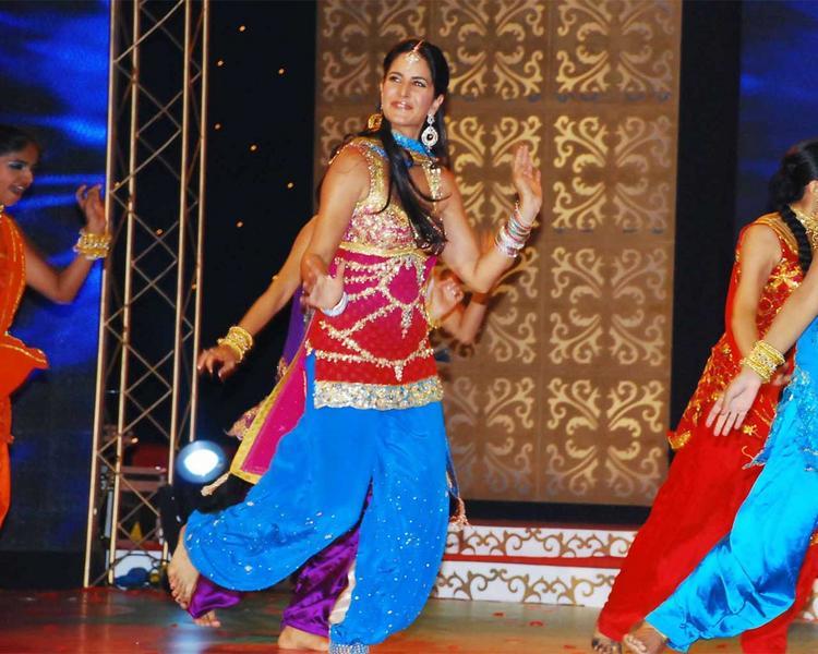 Katrina Kaif Dancing Still