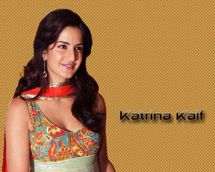 Katrina Kaif Sweet Smiley Face Still