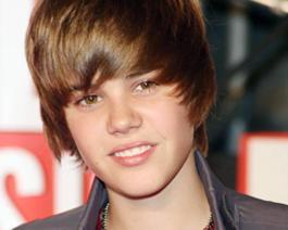 Justin Bieber Cute and Sweet Face Still