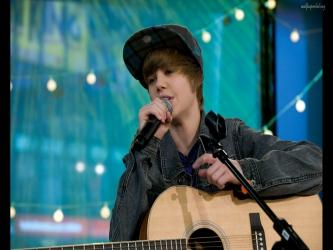 Justin Bieber Singing Still With Guitar
