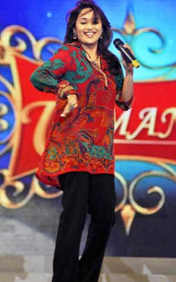 Madhuri Dixit Dancing Still At Umang