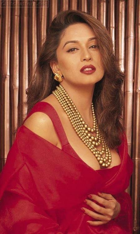 Sexy Bollywood Diva Madhuri Dixit Photo