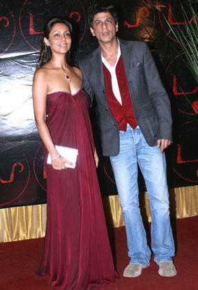Beautiful Jodi Gauri Khan and Srk Still