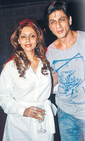 Gauri Khan and Srk Latest Gorgeous Pic