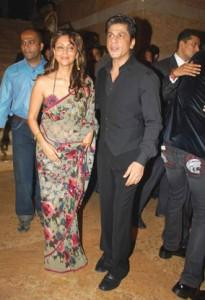 Gauri Khan In Saree With Srk