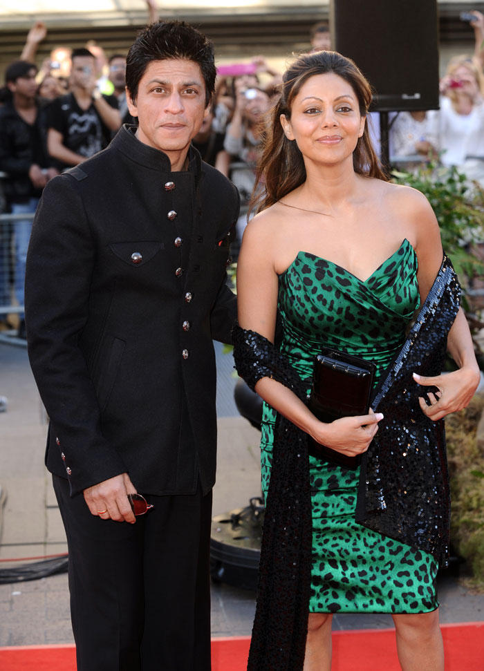 Shahrukh with wife Gauri Khan at Raavan London Premiere