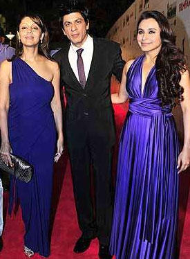 Srk,Gauri and Rani at the Filmfare Award