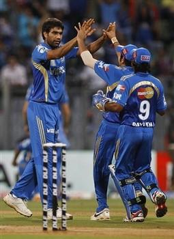IPL T-20 Cricket Match Mumbai Indians Munaf Patel And Sachin Happy Stills