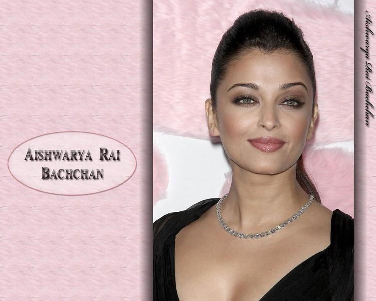 Aishwarya Rai Hot Beauty Look Wallpaper