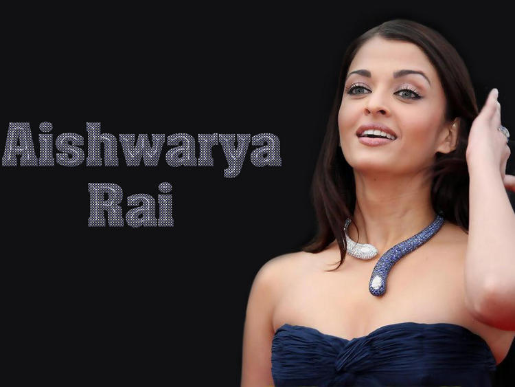 Sizzling Aishwarya Rai Strapless Dress Wallpaper
