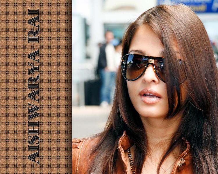 Stunning Beauty Aishwarya Rai Stylist Wallpaper