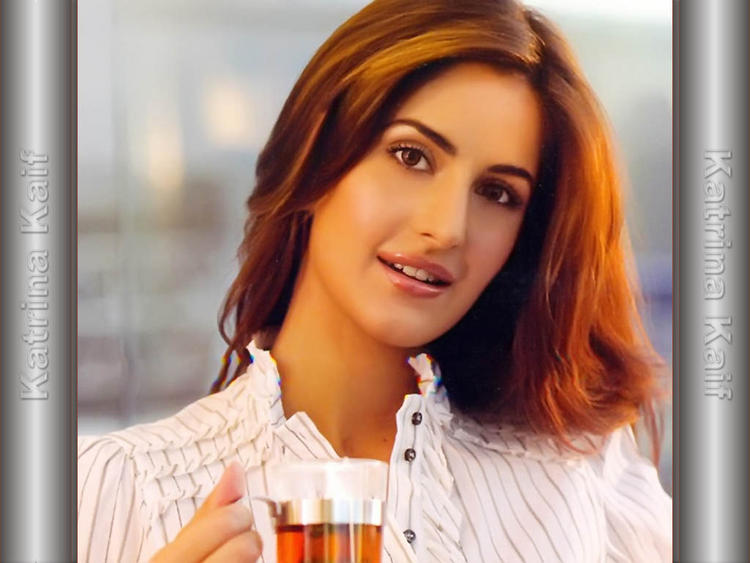 Bollywood Actress Katrina Kaif Cool Look Pic