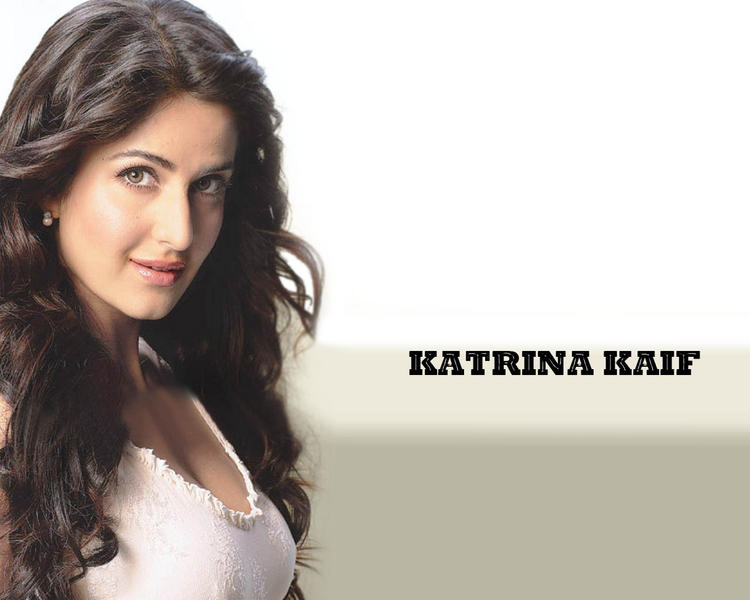 Katrina Kaif Fairy Face Look Wallpaper