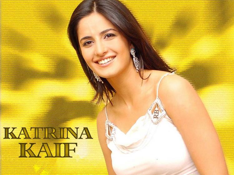 Katrina Kaif Sweet Smile Pic