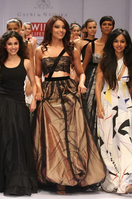 Bipasha Basu Latest Still In Prom Gown