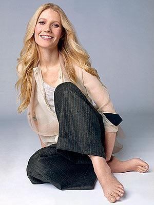 Gwyneth Paltrow Cute Pose Photo Shoot