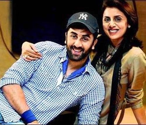 Ranbir And His Mother Neetu Singh Smiling Pic