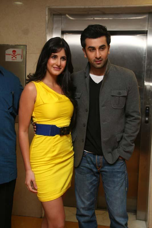 Ranbir With Katrina Kaif Glamour Look Cool Pic