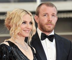 Madonna and Guy Ritchie Swetest Pic