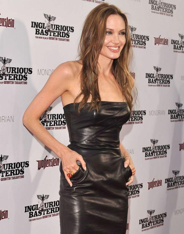 Angelina Jolie Strapless Dress Hot Pic