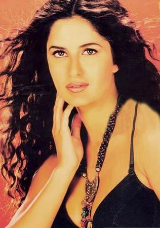 Katrina Kaif Rocking Look Still