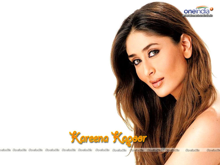 Kareena Kapoor Hot Sexy Look Wallpaper