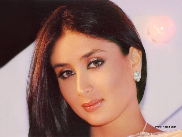 Kareena Kapoor Nice Look Pic