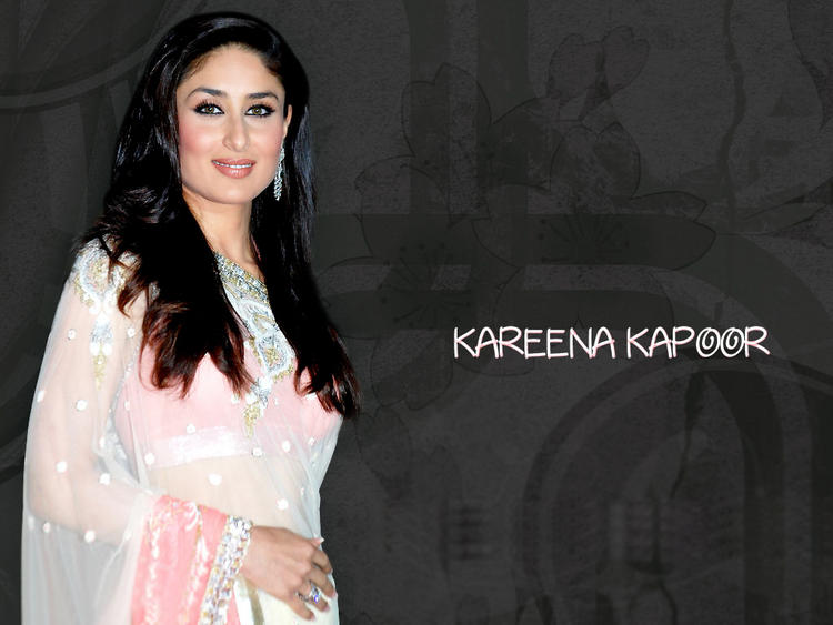 Kareena Kapoor Wallpaper In Transparent Saree