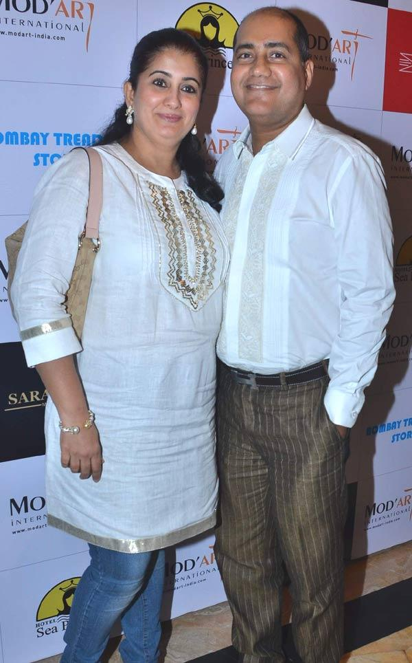 Ishu Dattani With His Wife At Fashion Show