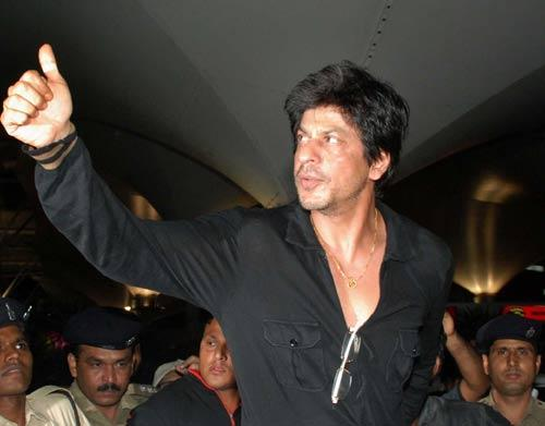 KKR Owner Srk At The Airport