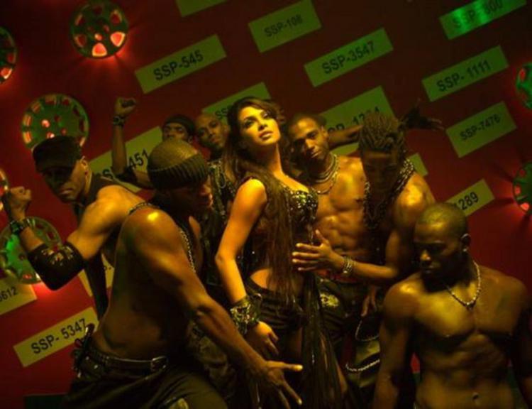 Priyanka Chopra Hot Dancing Pic