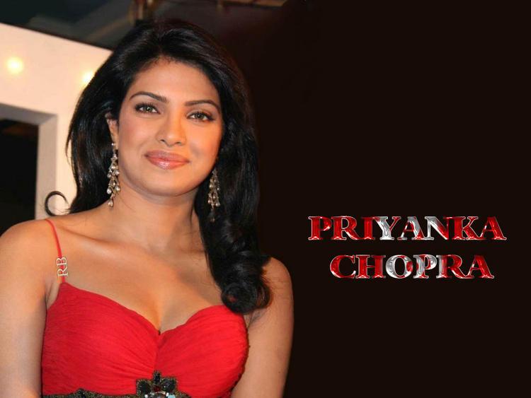 Priyanka Chopra Red Dress Smiling Look Wallpaper