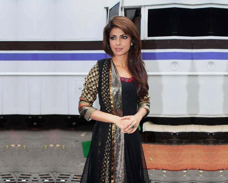Priyanka Chopra In Salwar Suit Nice Pic